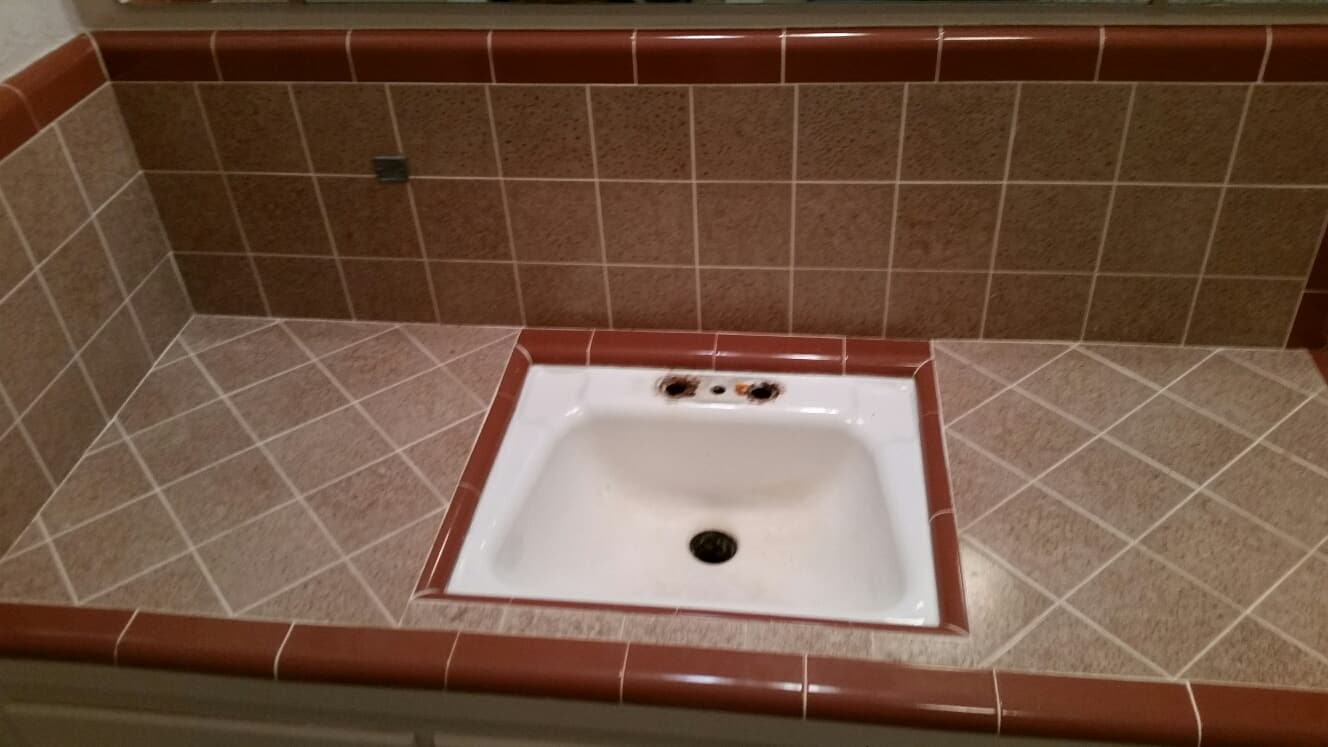 Tile Countertop Refinishing Services St Louis